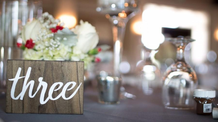 Mariage - Wooden Table Numbers (For weddings or events)