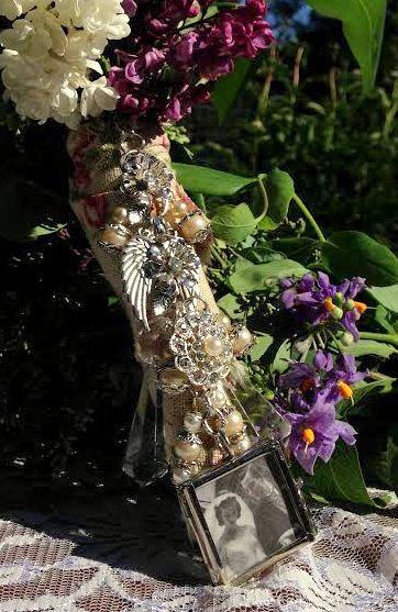 Свадьба - Custom Photo Bouquet Charm w/ Pearls, Rhinestones, Crystals, Charms