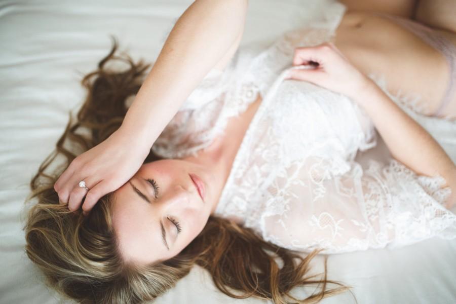 Свадьба - Lace Robe for Boudoir Photography, Honeymoon Lingerie