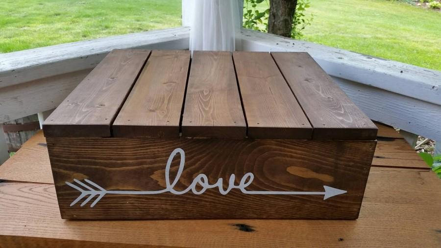 Свадьба - Rustic Cake Stand, Custom Cake Stand, Rustic Wedding, Box Cake Stand, Wooden Cake Stand, Country Wedding, Fall Wedding, Wedding Cake