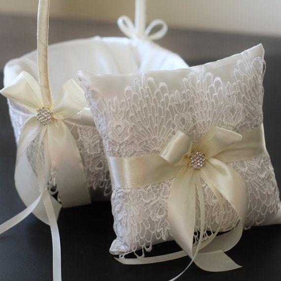 Hochzeit - 2 Wedding Baskets and 1 Wedding Ring Pillow Set  Ivory Lace Flower Girl Baskets and Lace Ring Holder
