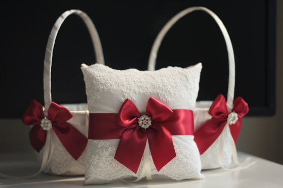 Mariage - TWO Flower Girl Baskets   ONE Ring Bearer Pillow Ivory Marsala  Marsala Red Wedding Baskets  Marsala Red Wedding Ring Pillow
