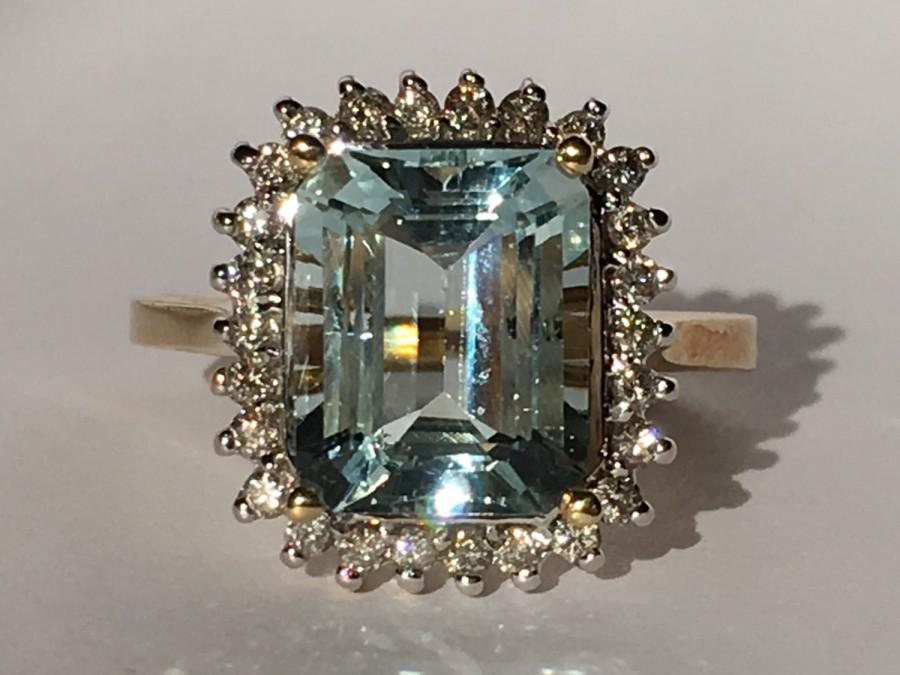 زفاف - Vintage Aquamarine Ring. Diamond Halo. 14k Gold. Unique Engagement Ring. March Birthstone. 19th Anniversary. Estate Jewelry. Appraised.