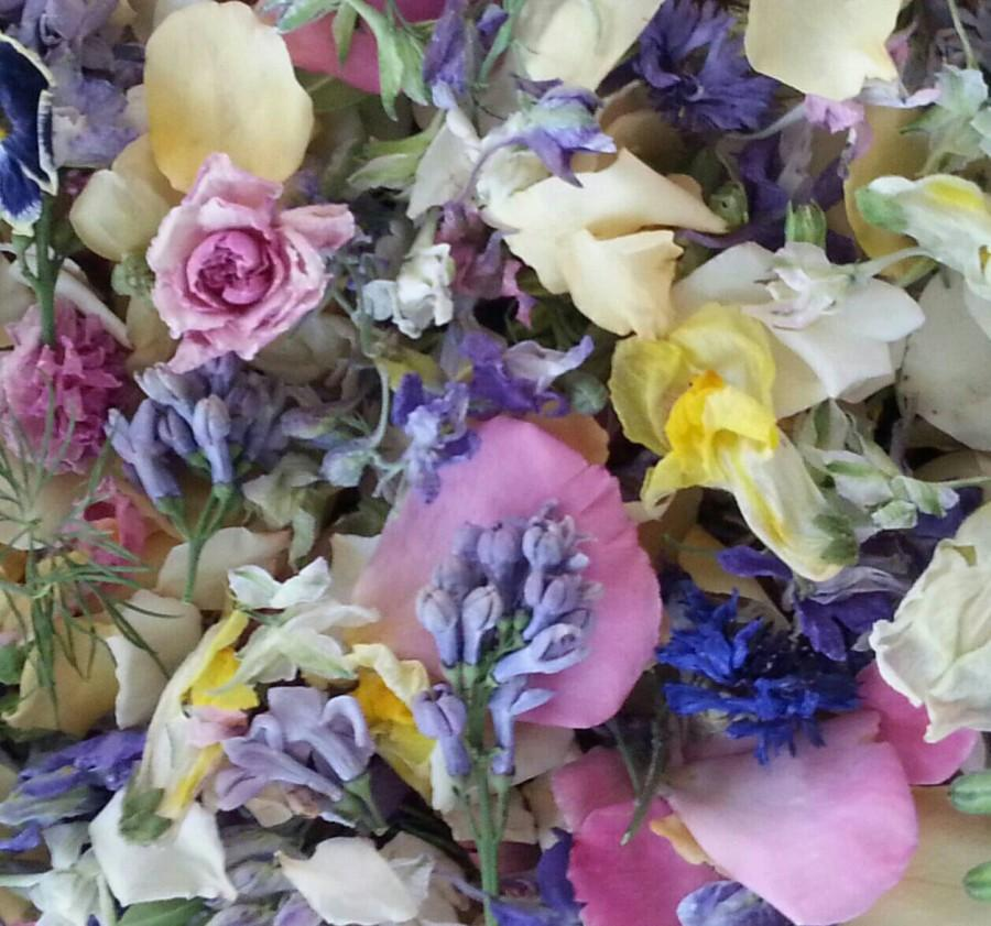 Dry Flowers, Wedding Confetti, Pastel, Flowers, Fragrant Lavender, Wedding  Decorations, Aisle Decor, Table, Petals, Real, Lilac, 8 US Cups