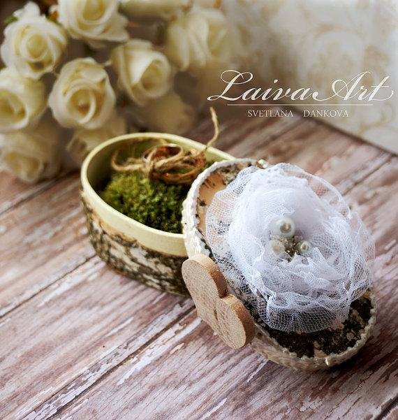 Свадьба - Wedding Ring Bearer Pillow Box Personalized Wedding Ring Pillow Box Rustic Vintage Wedding Ring Pillow Box.