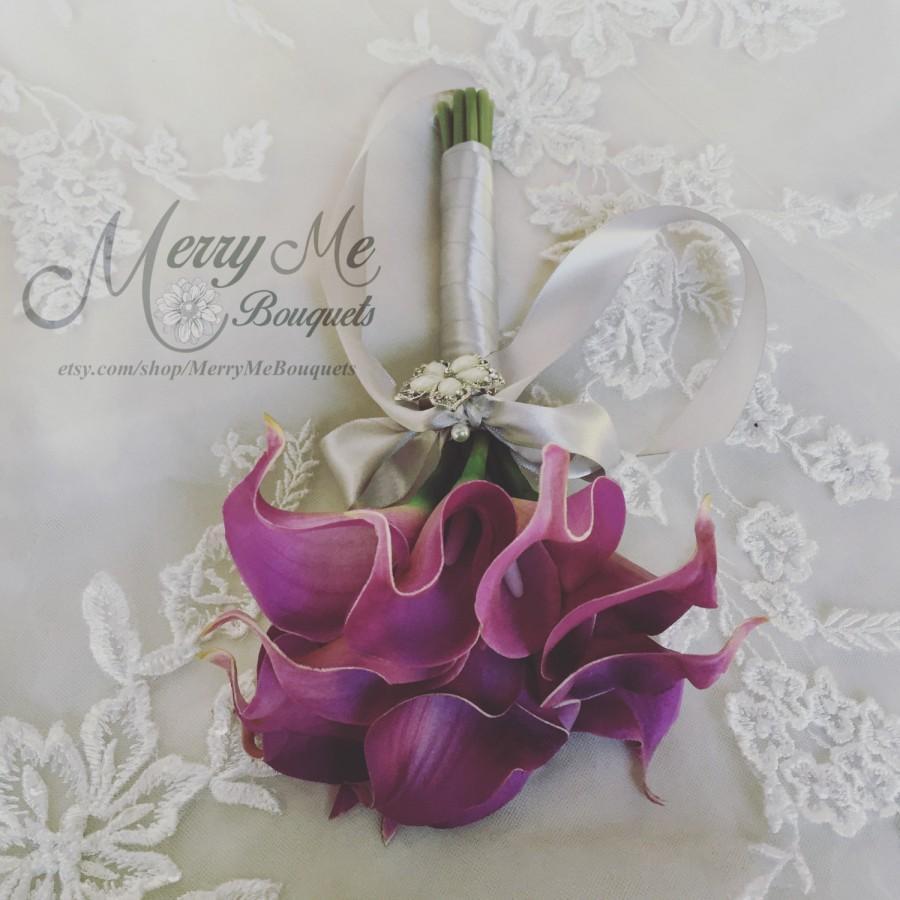 Свадьба - Purple Calla Lily Bouquet , Real Touch Lily Bouquet , Purple Bouquet , Purple and Silver Bouquet , Calla Lily Bouquet , Purple Grey Bouquet