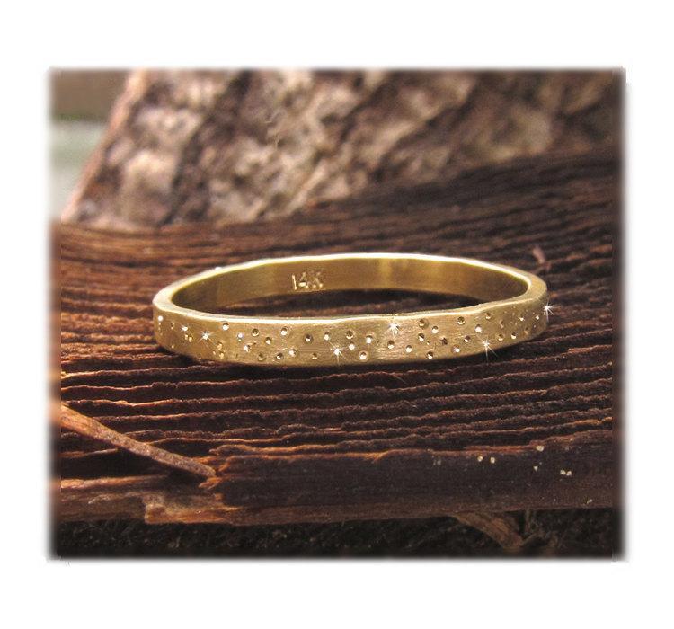زفاف - 14k Gold Wedding Band, Gold Sparkle Ring, Gold Stardust Ring, Unique Gold Wedding Ring, Organic Wedding Band