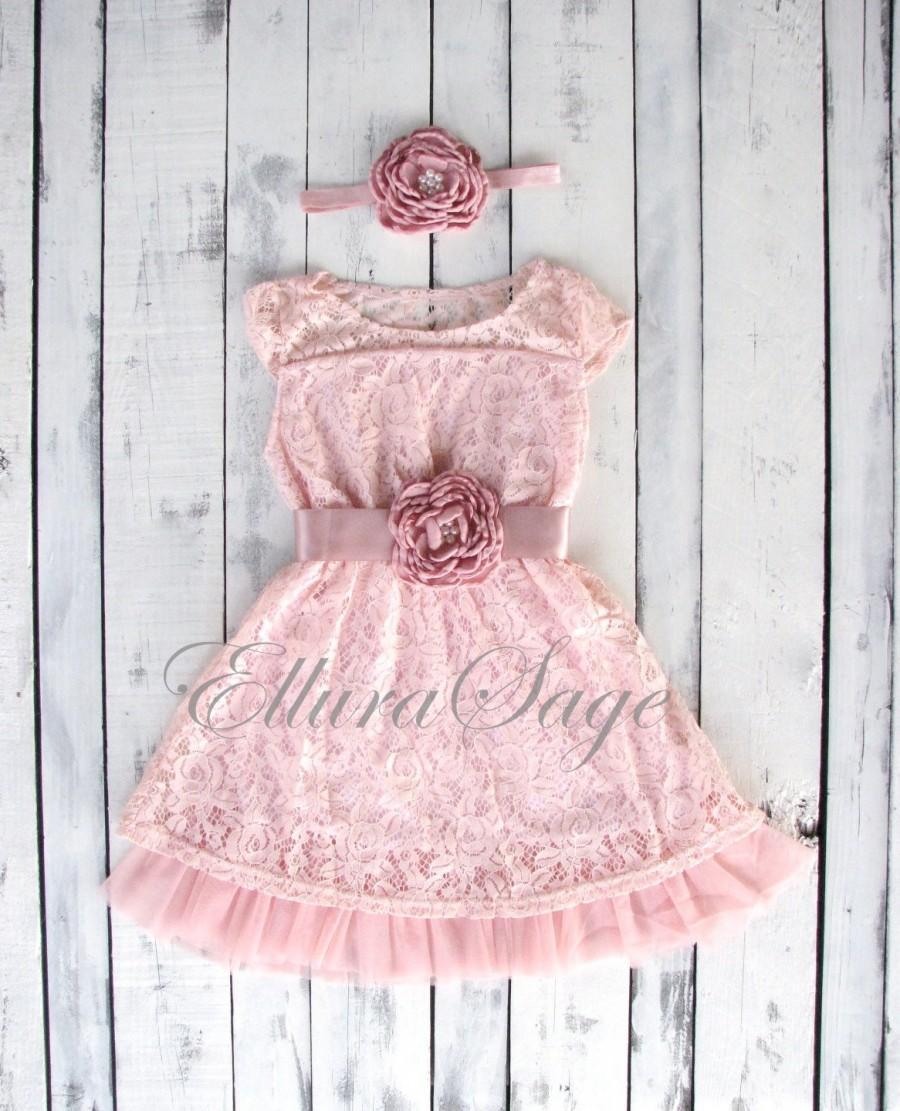 Mariage - Girls dress, lace flower girl dress, girls dress, girls lace dress, Easter dress, Pink lace dress, rustic flower girl dress, birthday dress