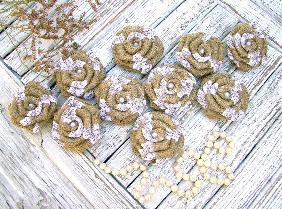 Mariage - Rustic Burlap Flower with white lace Set of 12 handmade fabric rosettes Cake topper Wedding decor Flower Ornaments Bridal Party Favor