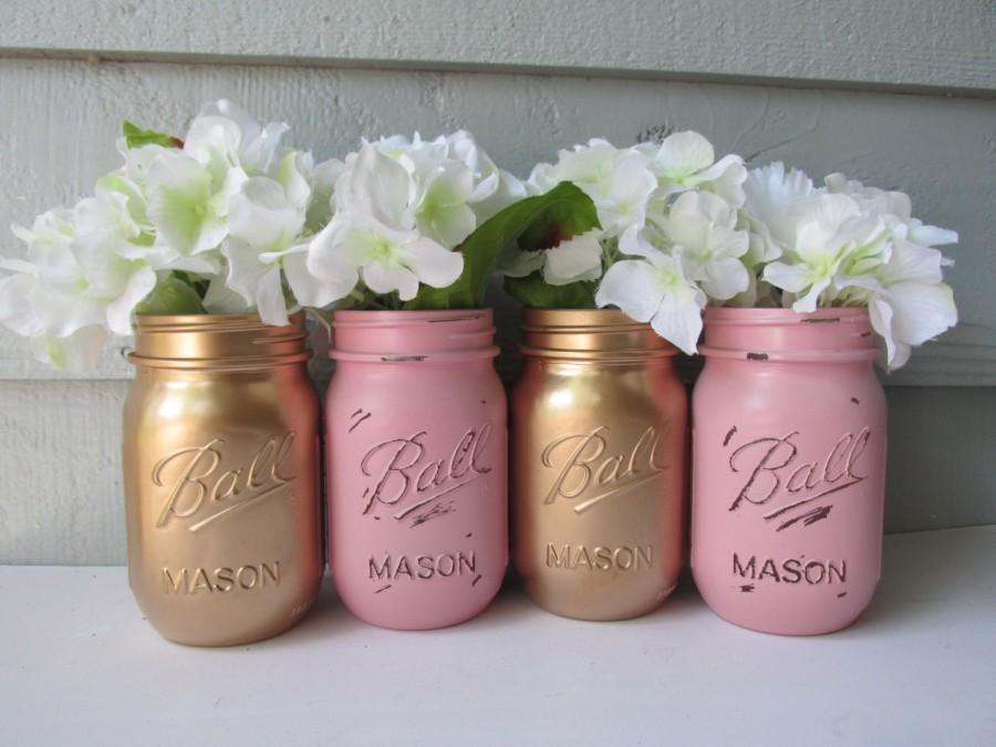 Mariage - Painted and Distressed Ball Mason Jars- Gold Metalic and Light Pink-Set of 4-Flower Vases, Rustic Wedding, Centerpieces