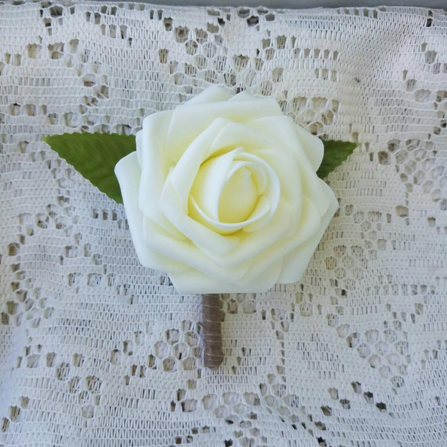 Mariage - Boutonniere, budget boutonniere, ivory boutonniere, white boutonniere, boutonniere, wedding boutonniere, simple boutonniere, rustic, B001