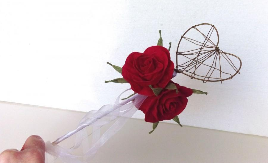 Mariage - Fairy Wand Royal red paper rose princess wand Flower girl wedding Queen of love hearts scepter red queen  Princess Scepter Birthday Party
