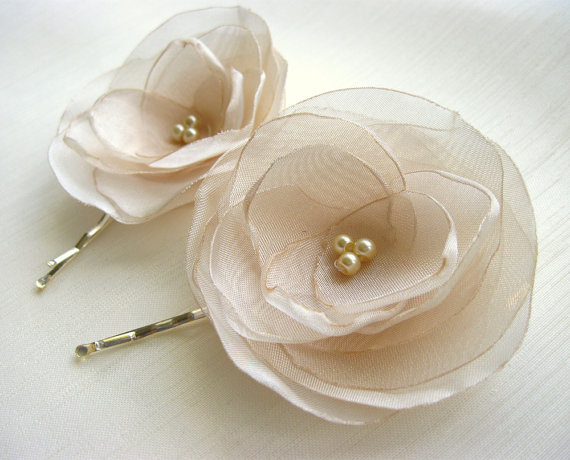 Wedding - ivory flower hair pin, bridal accessory, brides flowers, rhinestone bead