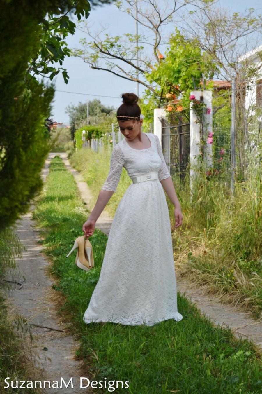 Mariage - Vintage Wedding Dress, Lace Wedding Dress, SuzannaM Designs, Long Sleeve Wedding Dress, Vintage Wedding Gown, Vintage Bridal Dress, Maryse