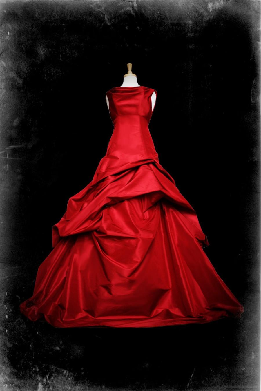 Mariage - Red Wedding Dress Gothic Ball Gown - Casey Style - Custom Made in your size