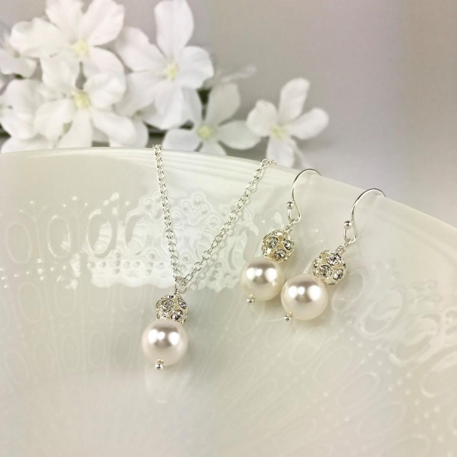Mariage - White Pearl Bridal Jewelry Set Pearl and Crystal Necklace Earring Pearl Crystal Ball Pearl Bridal Necklace Pearl Bridal Earring Hannah