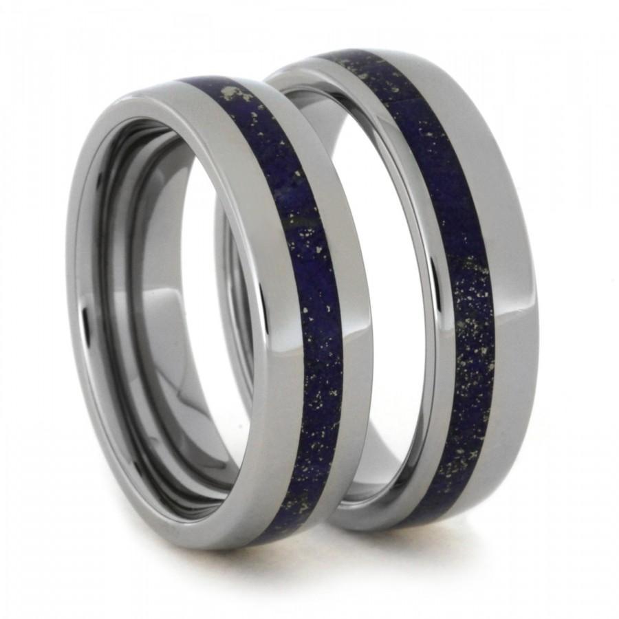 Hochzeit - Titanium Wedding Band Set with Center and Offset Lapis Lazuli Rings