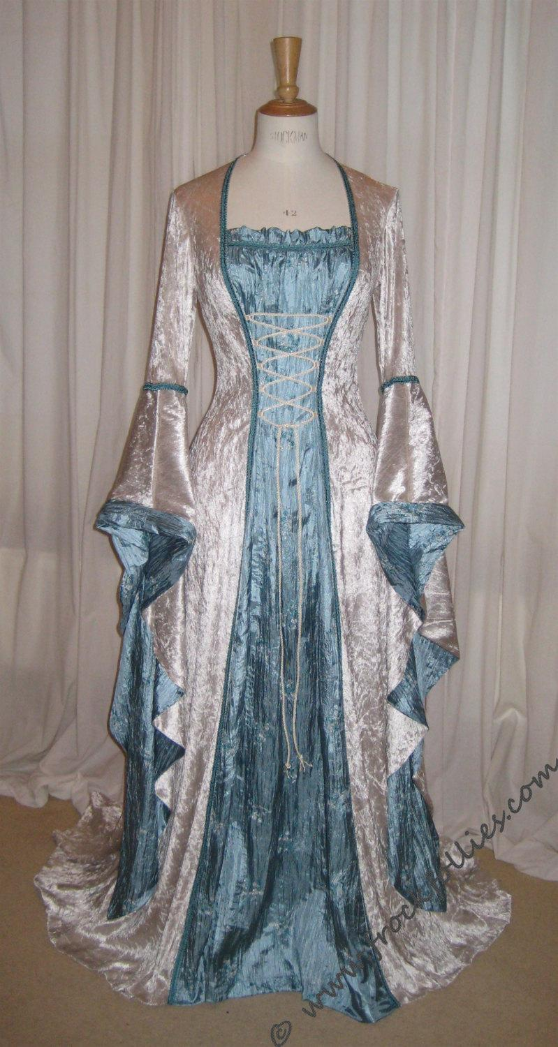 Mariage - ISABELLA, a Renaissance, Medieval, Pre-Raphaelite  Wedding Gown, LARP or Prom Dress
