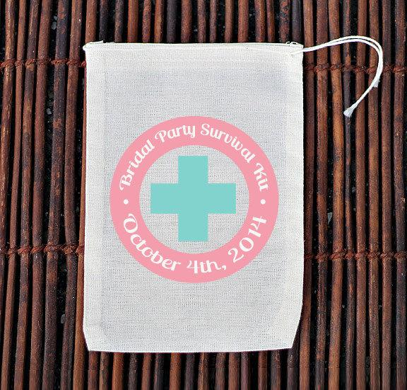 Mariage - Bridal Party Survival Kit Bachelorette Hangover Kit- Muslin Cotton Mini Favor Bags