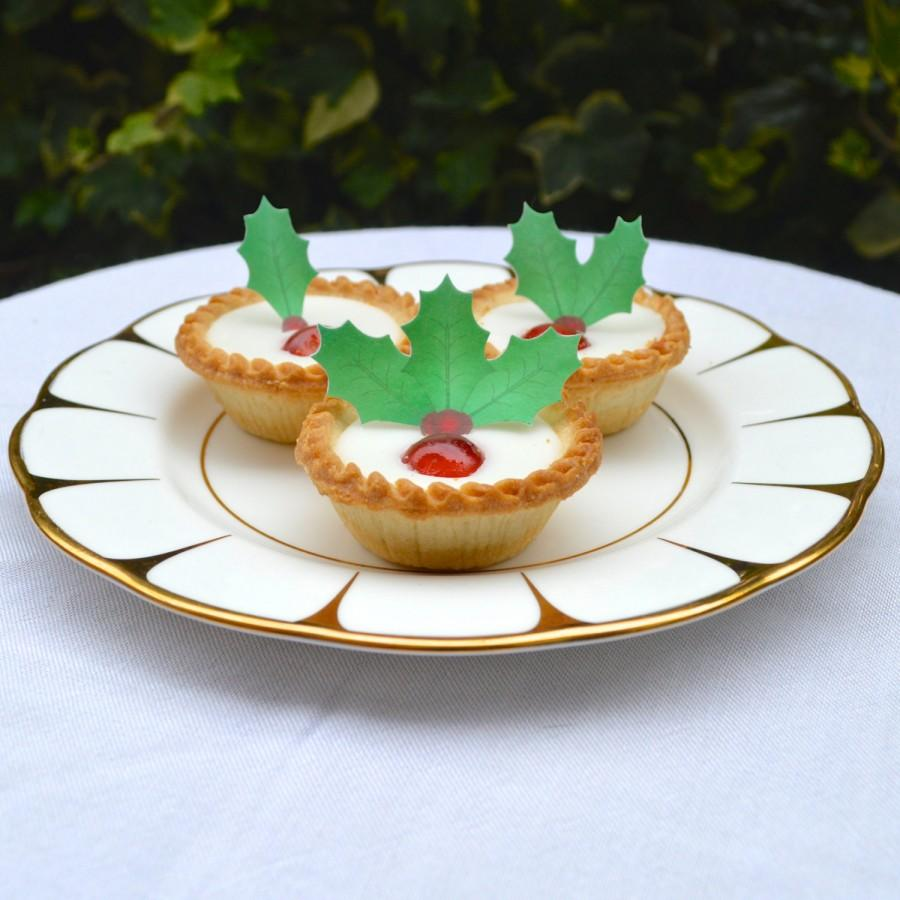 edible holly leaves berries christmas cake decorations green red wafer rice paper winter wedding cookie cupcake toppers party decorating