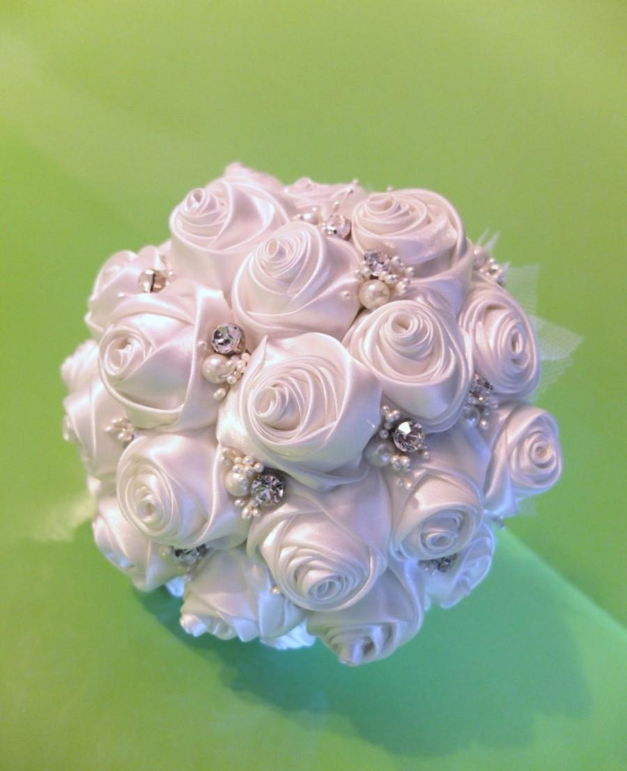 Mariage - Ribbon Rose Bouquet, Satin Rose Bouquet - White rose bouquet accented with rhinestone (Large, 9 inch)