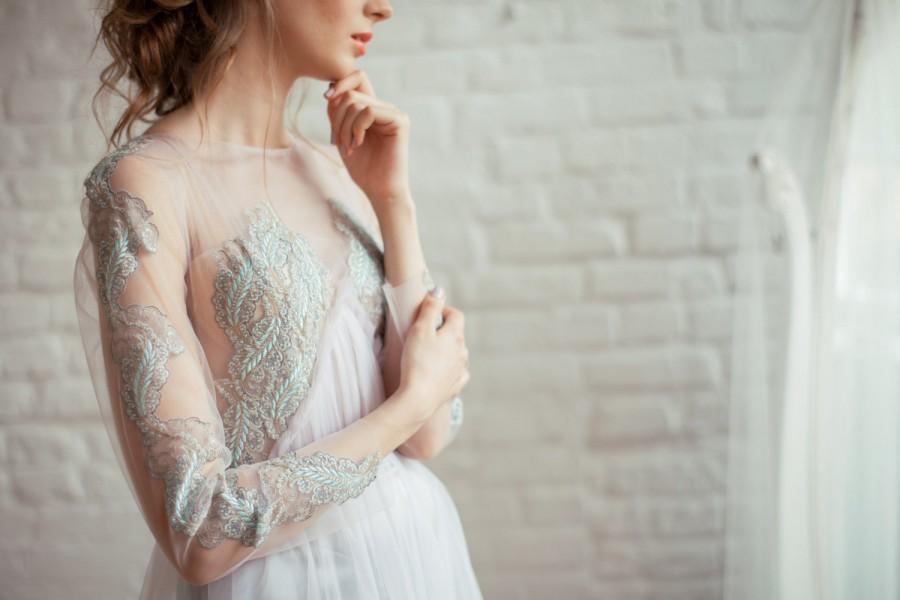 Mariage - Asti / Ashy blue wedding dress / Boned / With sleeves