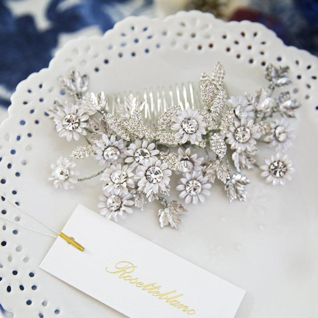 Wedding - Chrysanthemum ( White ) - Bridal Haircomb