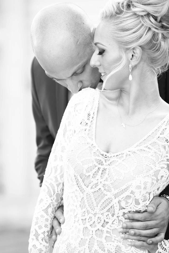 Mariage - Wedding Pearl Earrings, Chandelier earrings, Bridal teardrop earrings, Ivory pearls jewelry, Vintage gold Earrings, Wedding Accessories