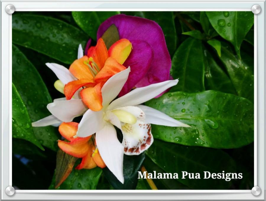 Свадьба - TROPICAL HAIR CLIP - Hawaiian Orchids, Bridal Flowers, Beach Bride, Fascinator, Flower Headpiece, Wedding Hair Accessory, Flower Hair Clip