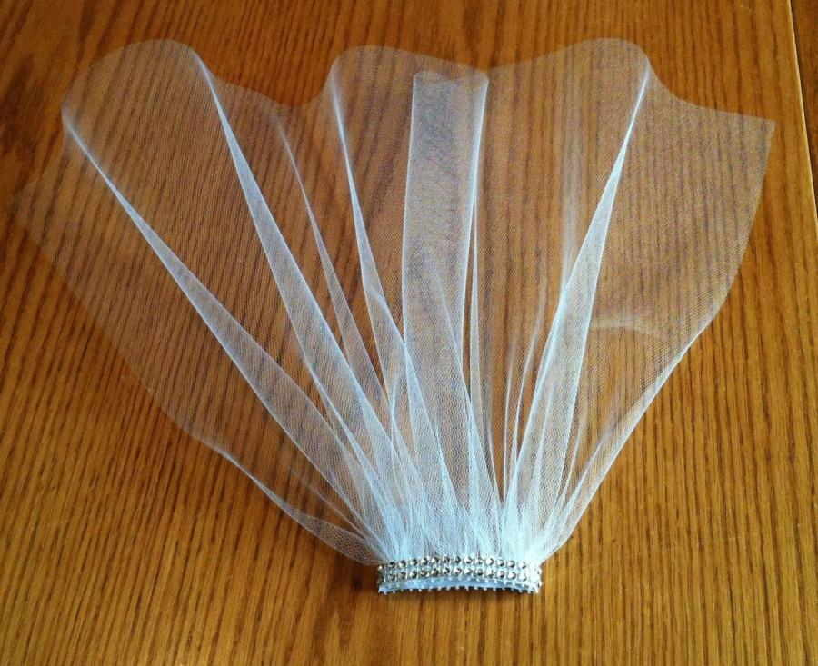 Свадьба - Bachelorette Veil Fun Party Veil Comb Bachelorette Shower Bride Practice Veil Costume Ivory Pearl V-Joey