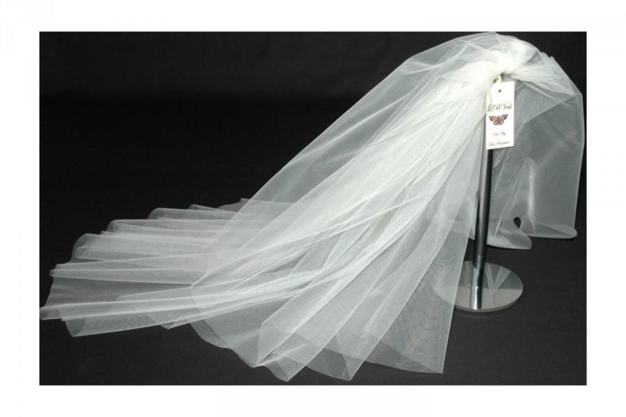 Mariage - Designer Cream Wedding Veil Any Length 2 Tier Any Colour LBV156 LBVeils UK