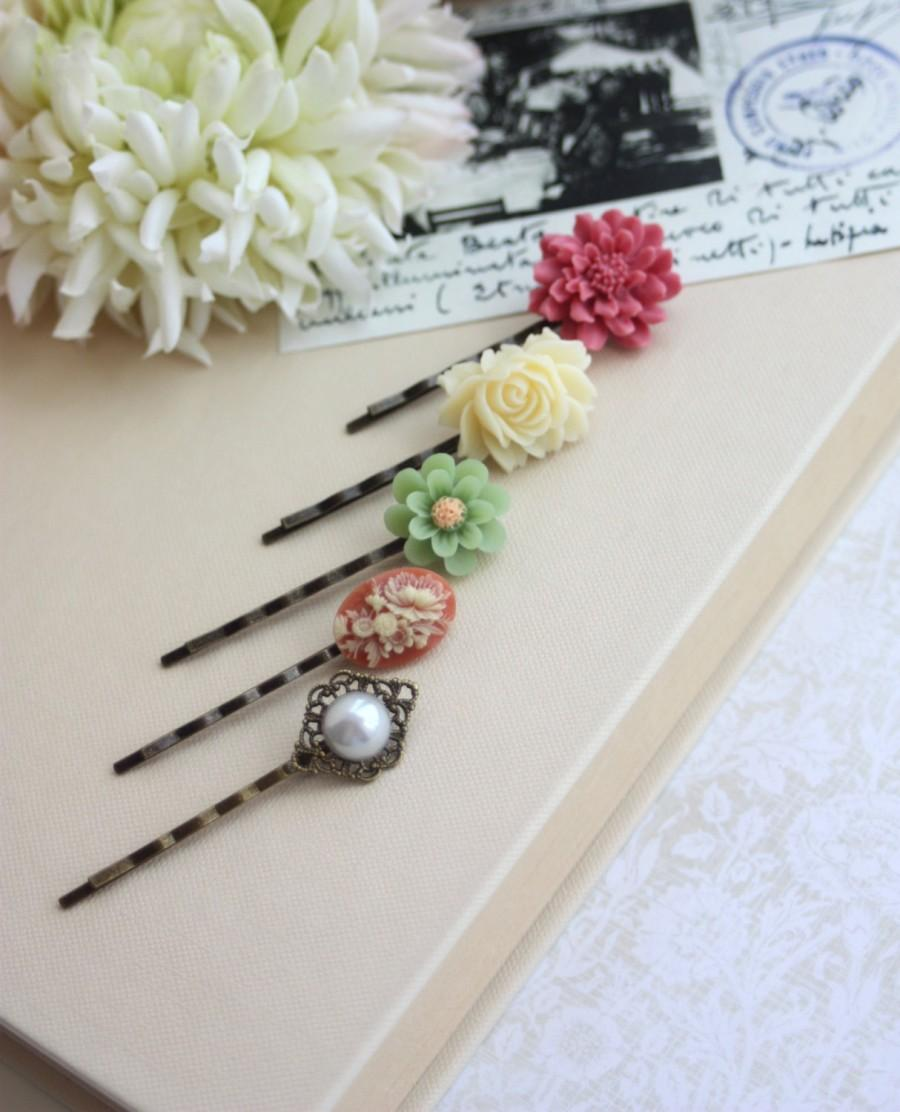 Mariage - Shabby Rustic Flower Vintage Inspired Bobby Hair Pins, Ivory Rose, Red, Faux Pearl, Green Flower, Hair Pin Accessories, Set of Five (5)