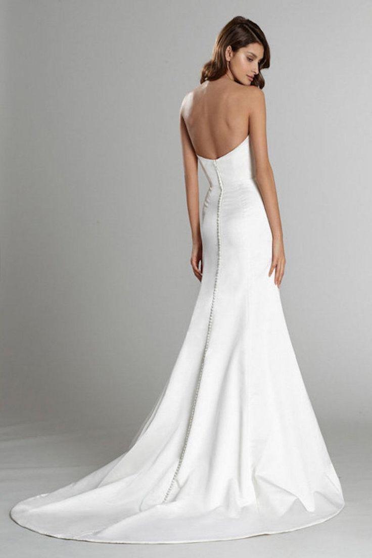Sleek Strapless Wedding Gown