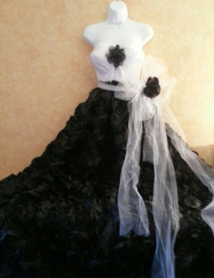 زفاف - Onyx Rose Goddess Black & White Natural Waist Tulle Belted Bridal Wedding Formal Ball Gown