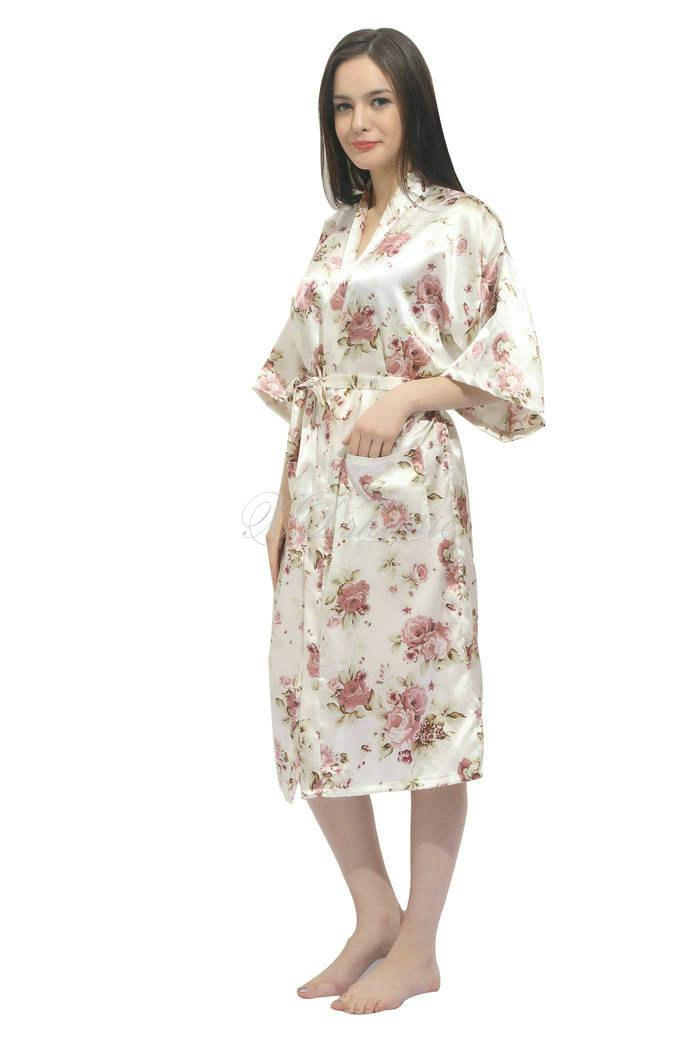 Свадьба - Kimono satin robes Bridesmaid robe gift giftes Bridesmaid Robes Bridal Shower Getting ready robes Bridal Party Robes Dressing