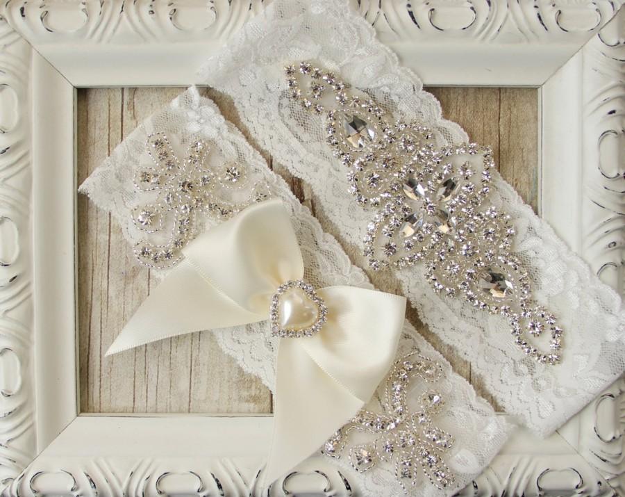 "Hochzeit - Wedding garter - Customizable  Garter Set w/ ""Pearls"" and Rhinestones on Comfortable Lace, Wedding Garter, Crystal Garter Set, Prom"