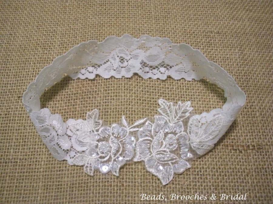 Wedding - Off-White Venice Lace Stretch Wedding Garter with the Gorgeous Rose-Pearl Applique, Hand made Embroidered Ivory Flower Lace Wedding Garter