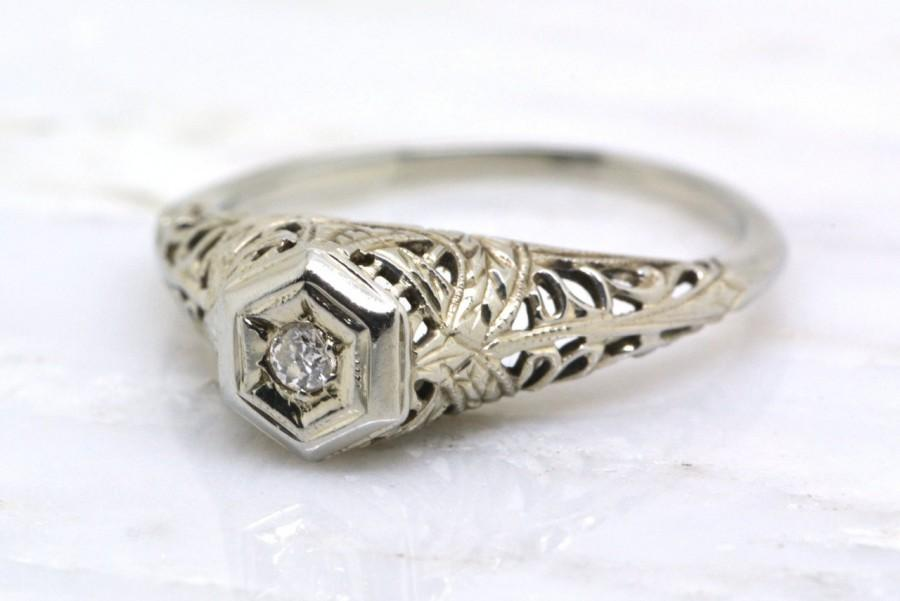 Mariage - Antique Art Deco / Edwardian Old European Cut Diamond Engagement Ring with Illusion Setting; Engraving; Migraine; and Filigree TS11
