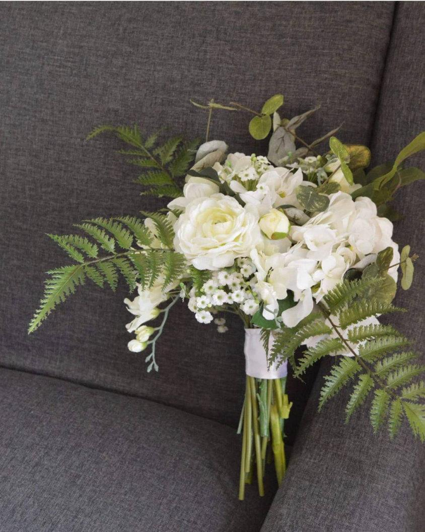 Mariage - Cream/White/Green Bride's Bouquet