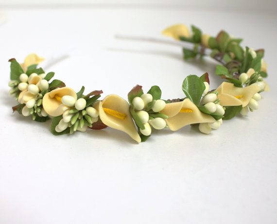 Свадьба - bridal tiara, brides headband, wedding head piece, yellow halo, gift for her, hair flowers