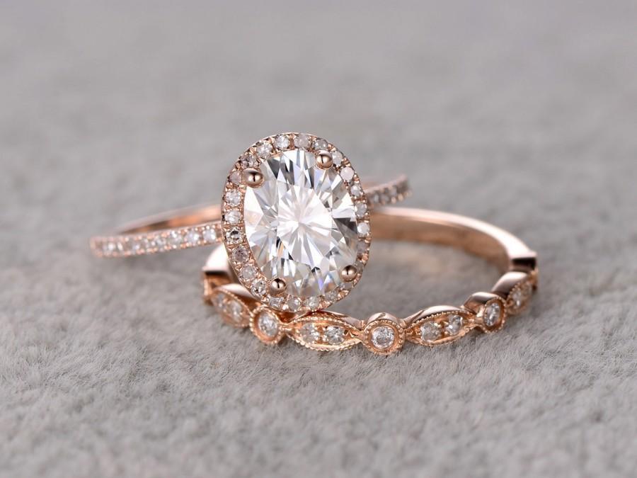 Mariage - 2pcs 1.5ct Moissanite Bridal Set,Engagement ring Rose gold,Diamond wedding band,14k,Oval Gemstone Promise Ring,Pave Set,Art Deco eternity