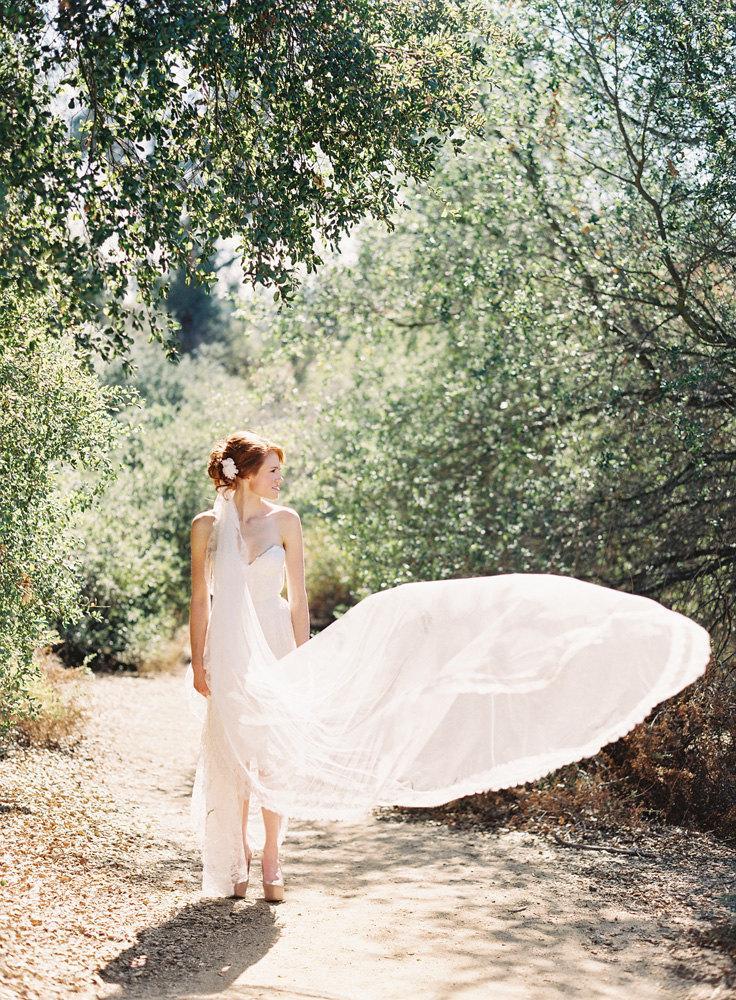 Hochzeit - Wedding Veil, Bridal Veil, Lace Veil, Tulle Veil, Ivory Veil, Cathedral Veil, Long Veil, White Veil, Mantilla Veil, Mantilla - Style 217