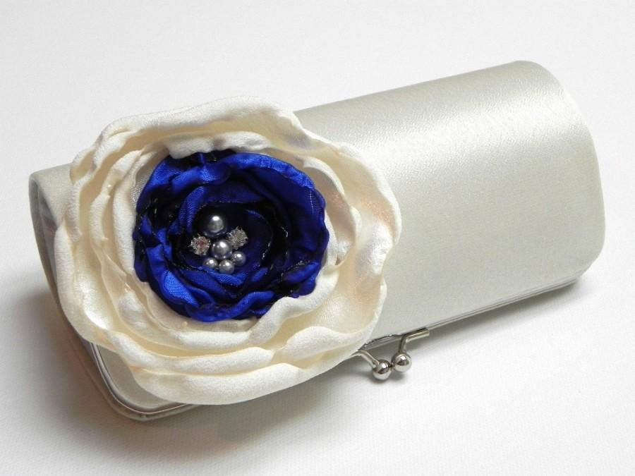 Mariage - Ivory Royal Blue Bridal Clutch or Bridesmaid Clutch - Rhinestones and Pearls  - Kisslock Snap Clutch - Somthing Blue Bridal Clutch