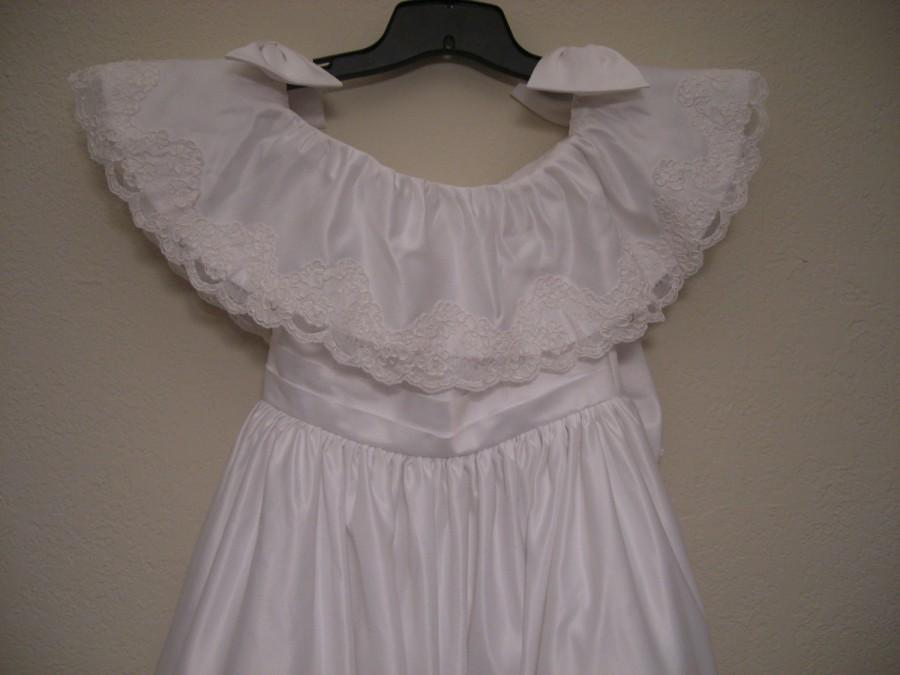 Mariage - White Satin Junior Bridesmaid dress can be worn off shoulder, Bow in back.