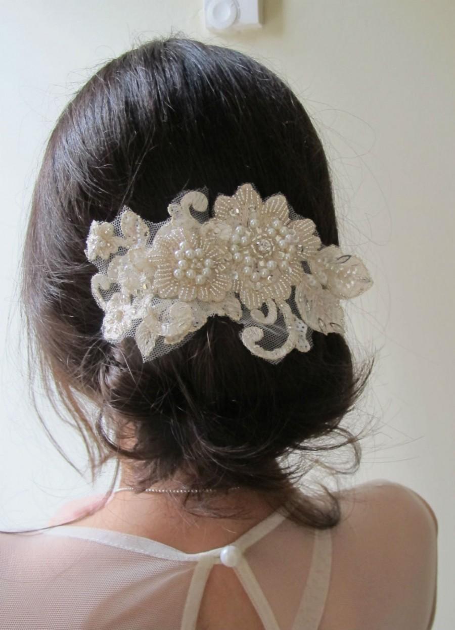 Свадьба - Rhinestone Pearl Beaded Headpiece, Lace Blush Champagne Hair Comb, Hair comb Wedding, Gold Lace Bridal Hair Comb, Champagne Pearl Headpiece