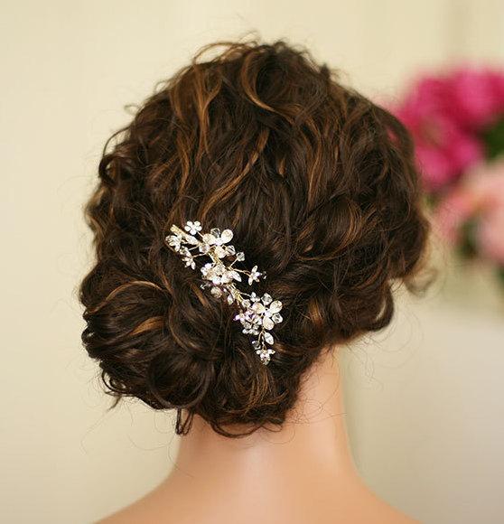 Свадьба - Sara - Swarovski Crystal Gold Hair Comb, bridal hair comb, wedding hair piece, gold hair clip, wedding accessory