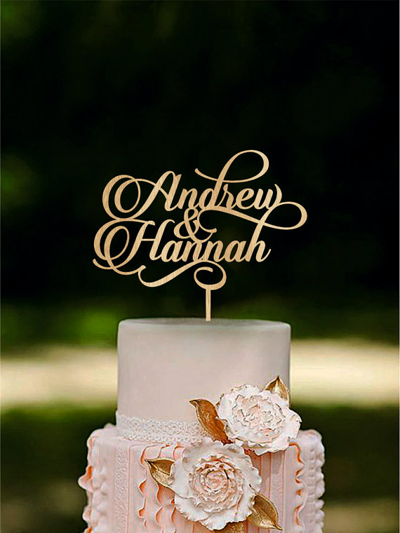 Mariage - Personalized wedding cake topper Custom name cake toppers Couple cake topper last name cake toppers wooden cake toppers wedding decorations