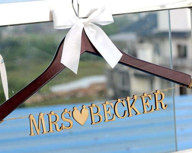Boda - Wedding Hanger with Wood Name, Personalized Rustic Wedding Dress Hanger,Bride Bridesmaid Wood Name Hanger, Wedding Bridal Hanger LL013