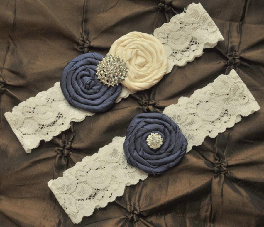 Hochzeit - Wedding Garter, Bridal Garter Set - Ivory Lace Garter, Keepsake Garter, Toss Garter, Rolled Silk Rosette Ivory Navy Blue, Something Blue