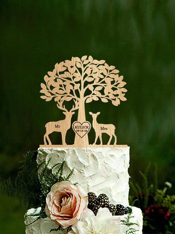 Mariage - Mr & Mrs Deer Cake Topper Wedding Cake Topper Deer Cake Topper with tree Buck and Doe Rustic Country Chic Wedding custom wood cake topper